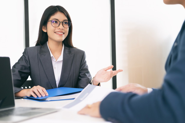 การเตรียมตัวสมัครงานและสัมภาษณ์งานทำอย่างไรบ้าง